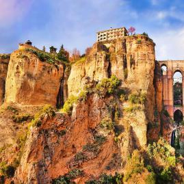 Découvre nos programmes adultes pour ton séjour à Malaga
