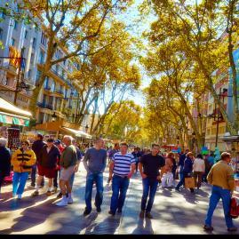 Découvre nos programmes adultes pour ton séjour à Barcelone