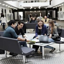 Fais tes études supérieures  à International Business Academy au Danemark