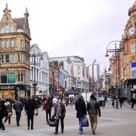 Découvre nos programmes adultes pour ton séjour à Leeds